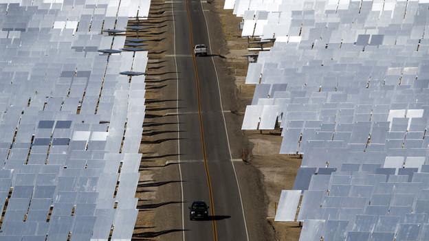 Vor einem Jahr öffnete in Kalifornien der Mega-Solarpark Ivanpah. Ist Solar entgegen jetziger Meinung die Zukunft? Reuters